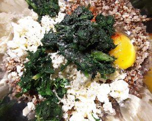 Quinoa Feta Spinat Bällchen