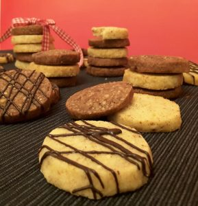 Feine Haselnuss Cookies mit Kardamom