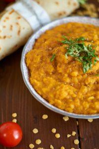 indisches gelbe Linsen Dal   Indian Yellow Lentil Dal   Rezept auf carointhekitchen.com   #indisch #gelbe #Linsen #Dal #Rezept #Yellow #Lentil #Curry #Recipe