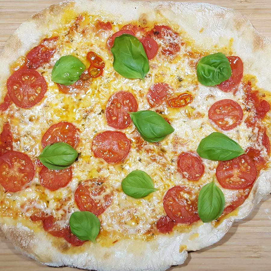 Auf dem Weg zur perfekten Pizza (Teil III) – Außen knusprig, innen fluffig dank Pizzastein