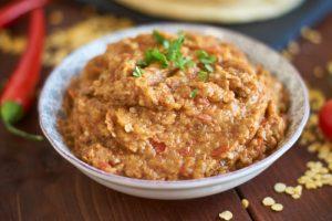 Baingan Bharta | indisches Auberginen Püree | grilled and mashed Eggplant | Rezept auf carointhekitchen.com | #aubergine #indisch #Rezept #mashed #eggplant #recipe