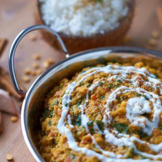 Palak Chana Dal - Indisches Curry mit Kichererbsen und Spinat
