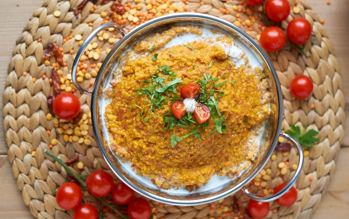 Rote und Gelbe Linsen Dal mit Tomaten   Indian Tomatoe Red and Yellow Lentil Dal   Rezept auf carointhekitchen.com   #gelbe #rote #linsen #tomaten #dal #rezept #tomatoe #red #yellow #lentil #curry #recipe