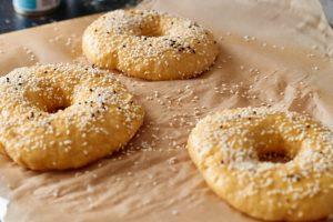 Süßkartoffel Bagel mit Dinkelmehl {#synchronbacken}
