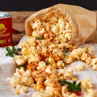 Scharfes Paprika Thymian Popcorn