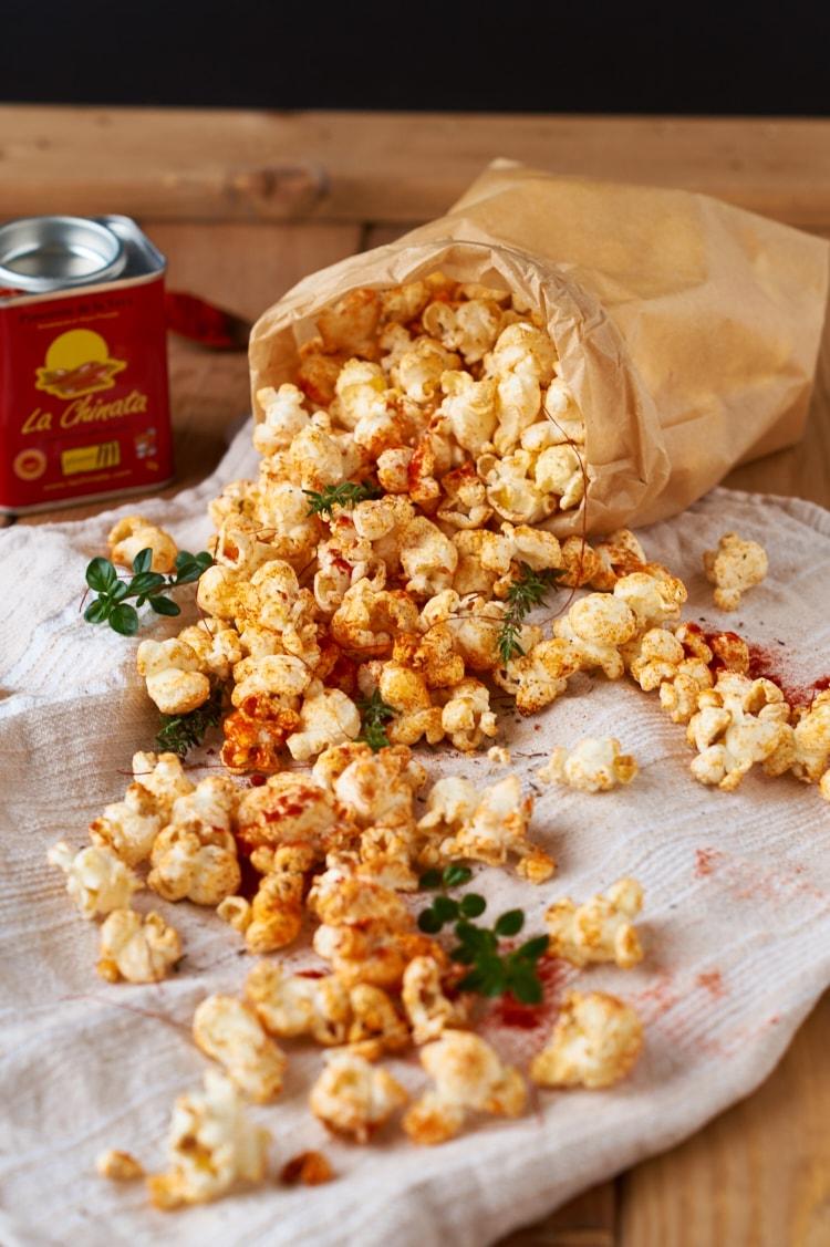 Scharfes Paprika Thymian Popcorn | Caro in the Kitchen