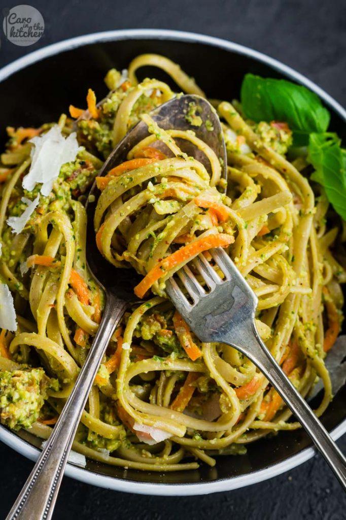 Pasta Mit Möhren In Mandel Pesto Sauce Caro In The Kitchen